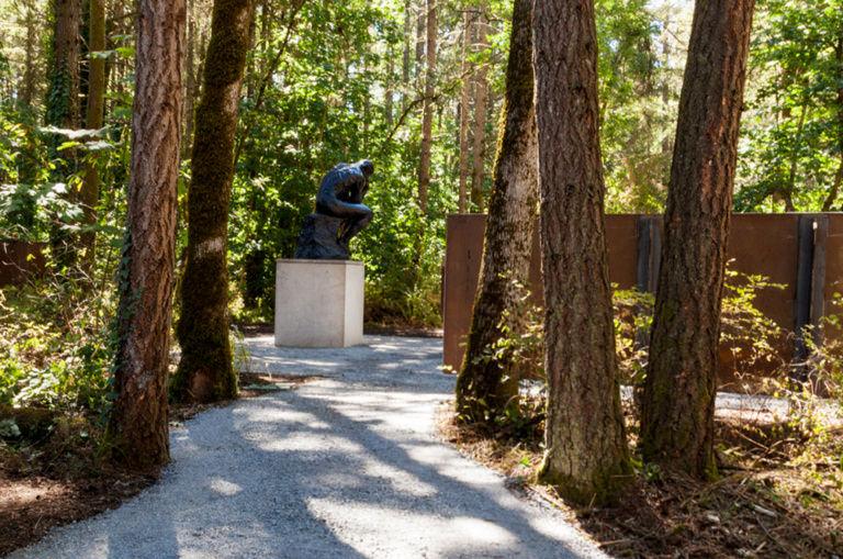 Photo of Rodin sculpture